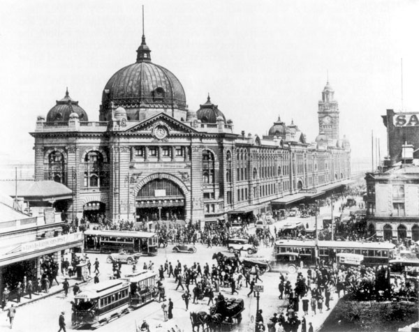 Flinders Street Station, Melbourne, 1927